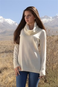 Alpaca tunic white